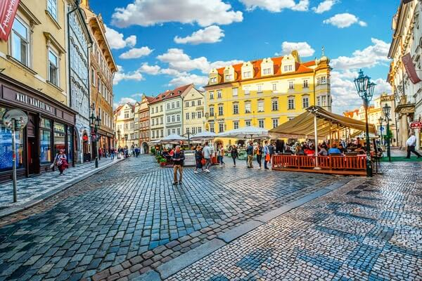 Teach English in Czech - teachers' salaries in the Czech Republic